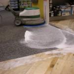 Strojové čištění koberců a podlah